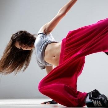 HipHop ab 14 Jahren @ Tanzschule Rolleder - Dance & Events
