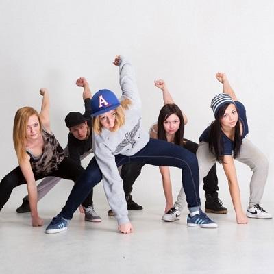 HipHop ab 10 Jahren @ Tanzschule Rolleder - Dance & Events