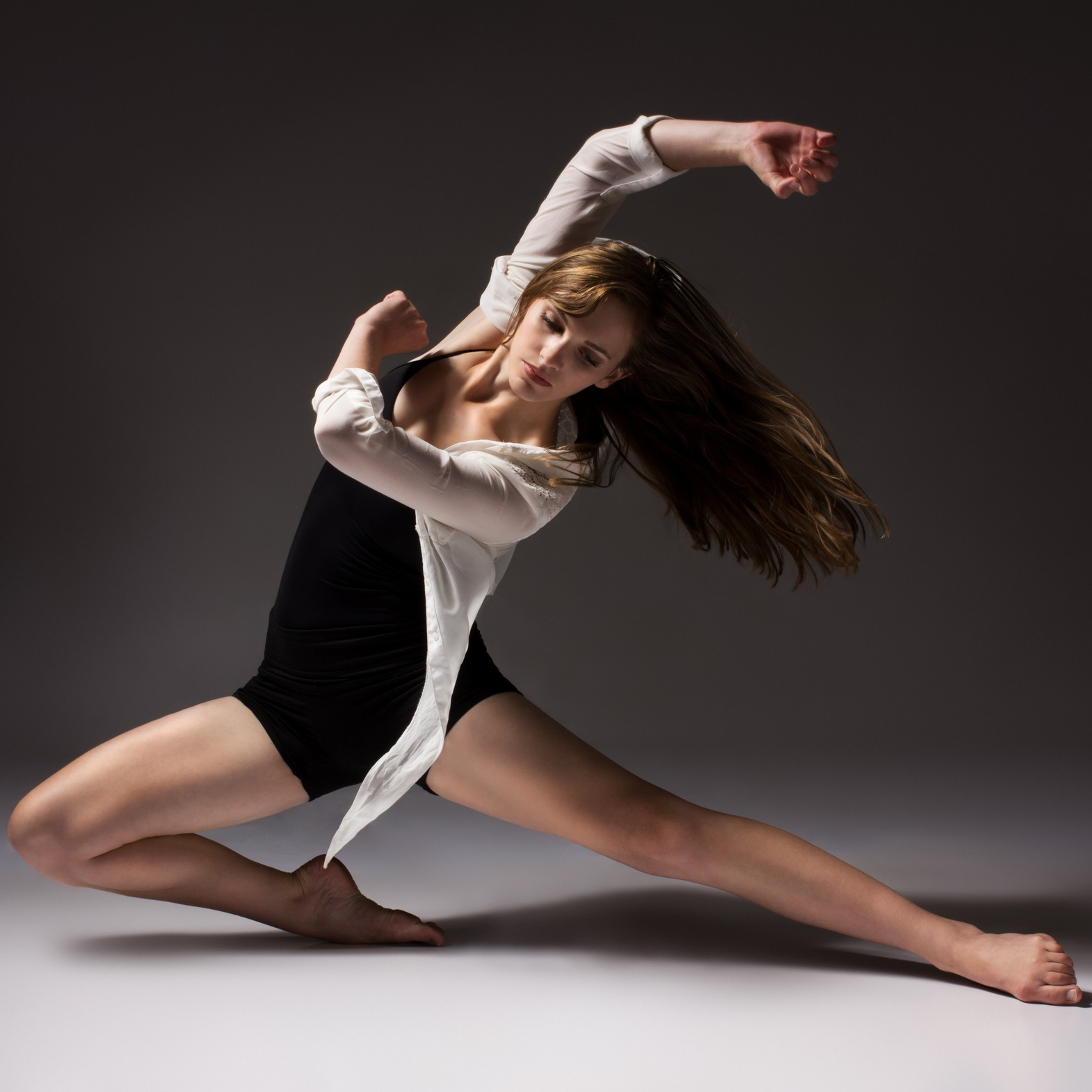 Jazz-Contemporary Dance ab 6 Jahren @ Tanzschule Rolleder - Dance & Events